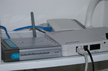 Mein D-Link DI-524 Wireless G Router!